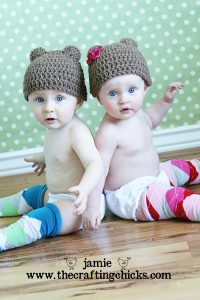 baby legs crafting chicks