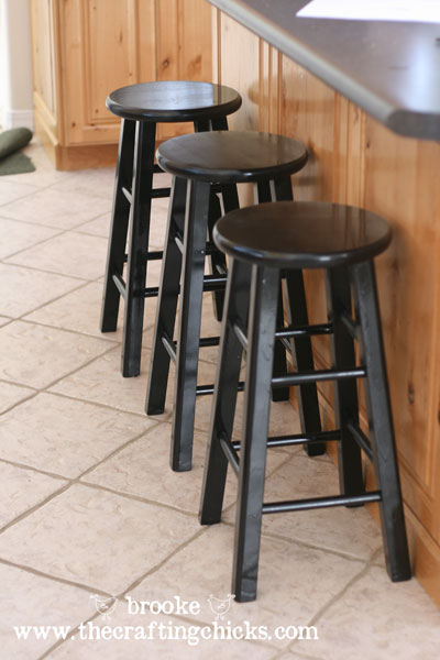 spraypainted black barstools