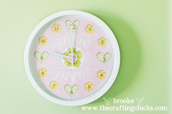 personalized-decorative-clock