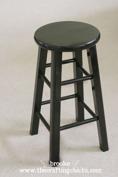 spraypainted-black-barstool