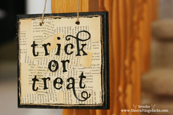 trickortreat-wall-hanging