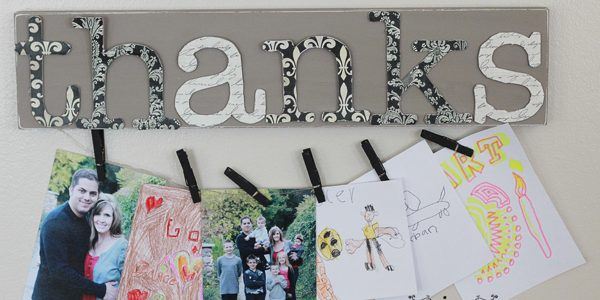 {'Thanks' Board-Display What You Are Thankful For}