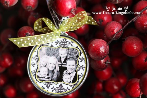 DIY Photo Christmas Ornaments