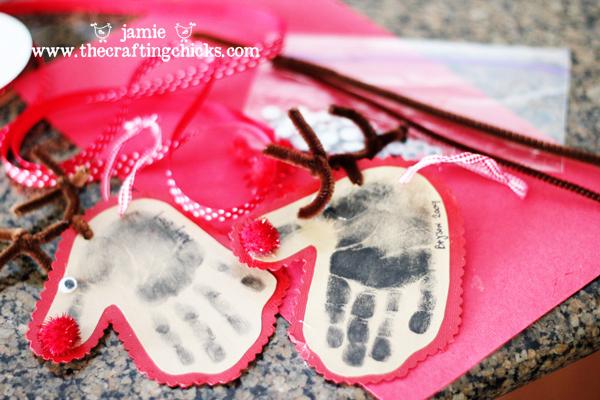 handprint reindeer 4 sm