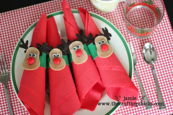 sm reindeer napkin holder 1 copy