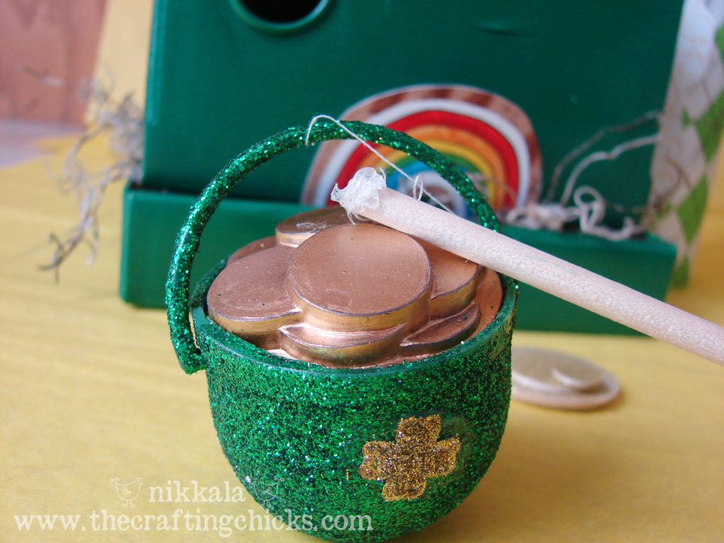 Fake pot of gold for a Leprechaun trap