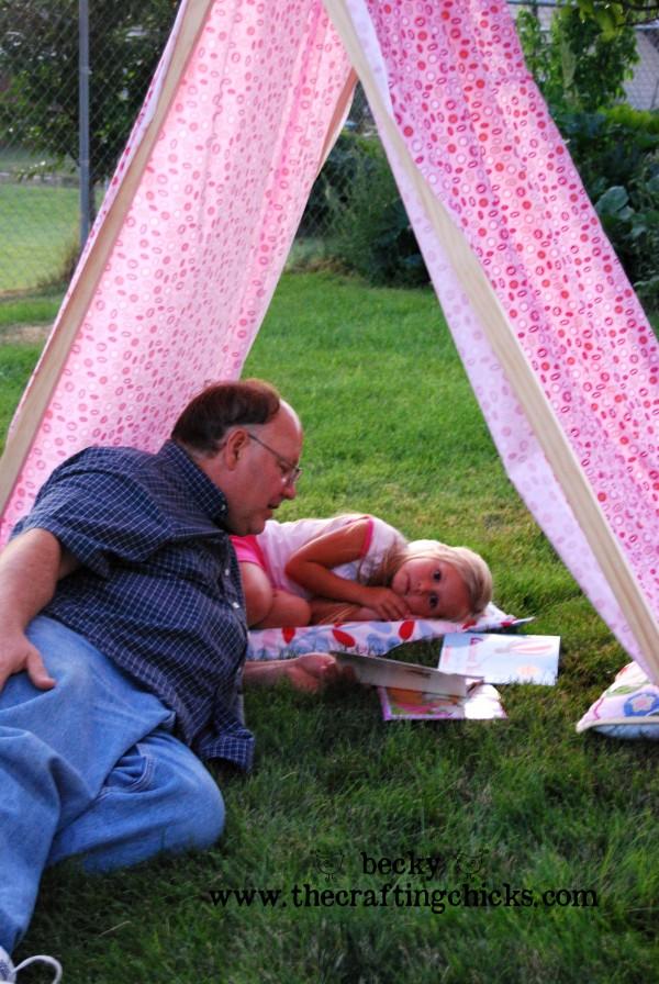 Poppie in summer tent