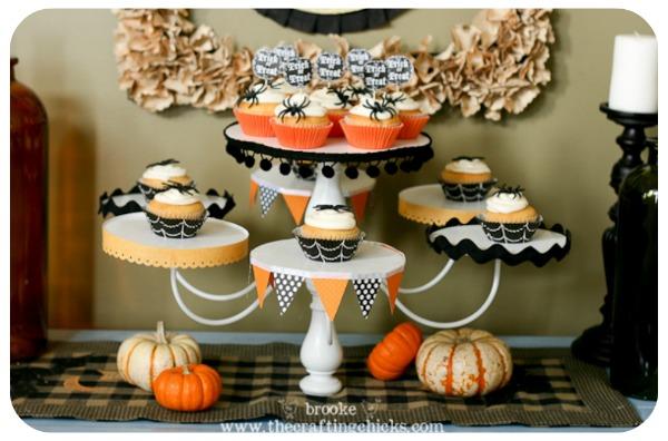 save - Halloween Cupcake Holder