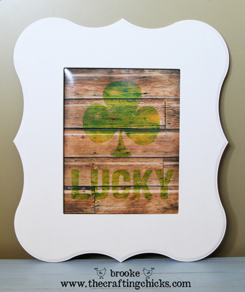 lucky-wooden-sign-art