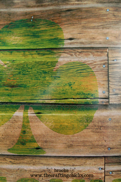shamrock-reclaimed-wood-sign