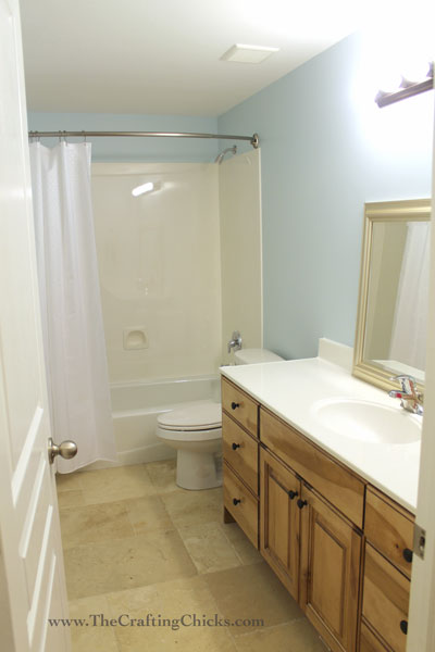 becky-before-bathroom