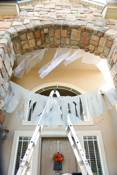 16-part of the fabric cobwebs up