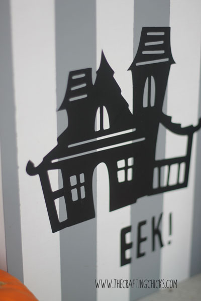 Spooky house using the cricut