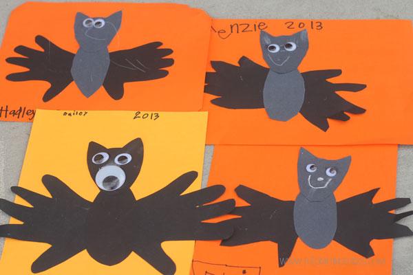 handprint-bats-kids craft