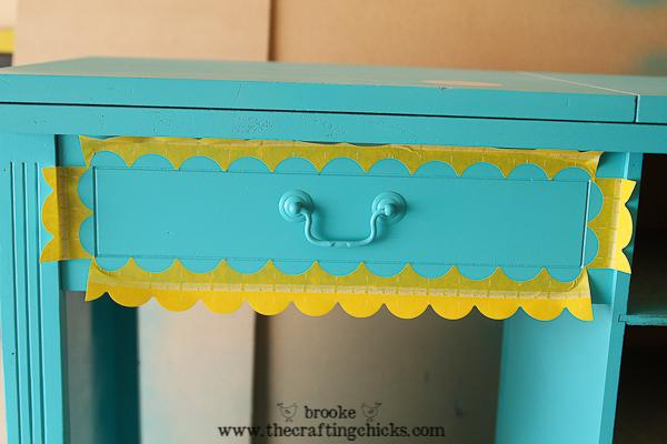 scallop sewing desk-6828