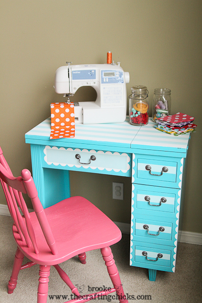 scallop sewing desk-6858