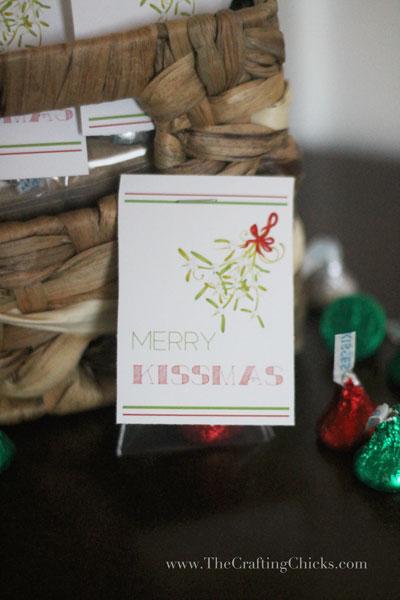 merry-kissmas-treat-tags