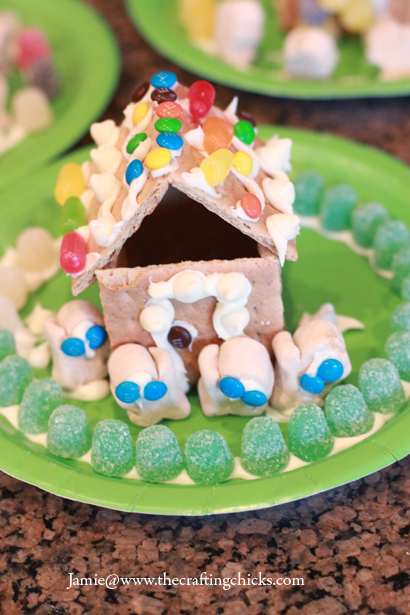 sm gingerbread house 1