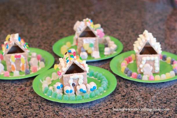 sm gingerbread house 5