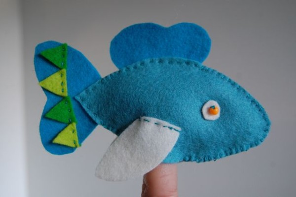 fish puppet felt