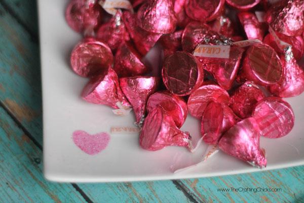 glitter-heart-candy-dish-
