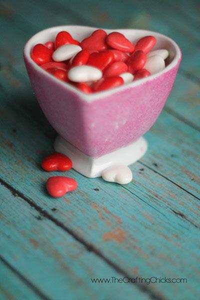 pink-glitter-heart-candy-dish