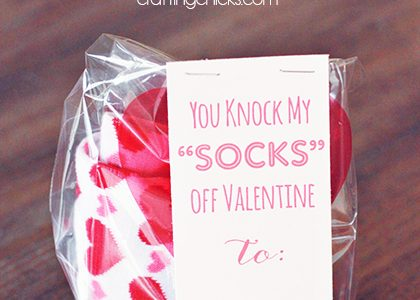"You Knock My ""SOCKS"" Off Valentine *Free Printable"