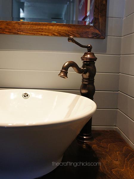 Vessle sink and faucet