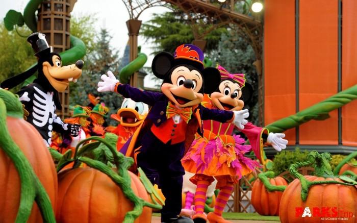 PARKS_Trip_Un_Festival_Halloween_trangement_malicieux_Disneyland_Paris_2