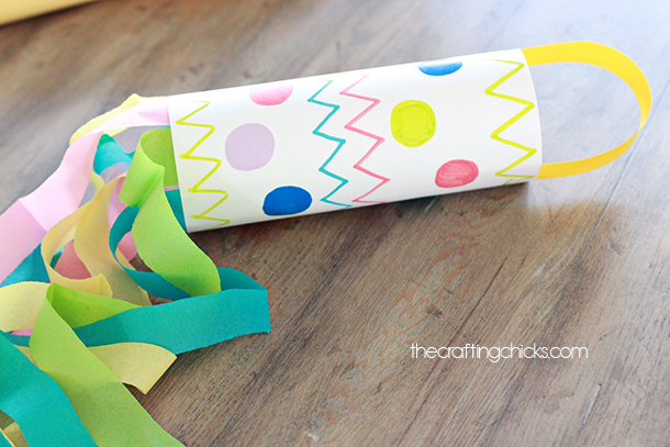 Spring Windsock Kid Craft - The Crafting Chicks