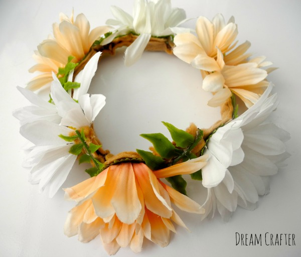 Daisy floral crown