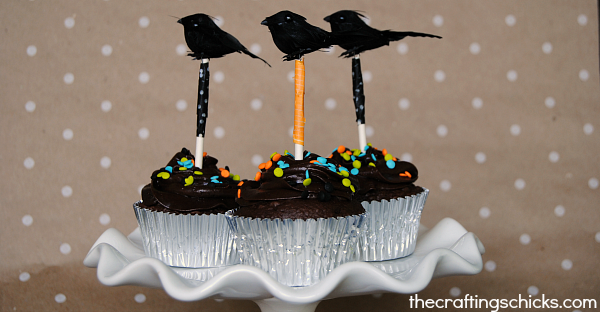 Black Crow Halloween cupcake toppers at thecraftingchicks.com