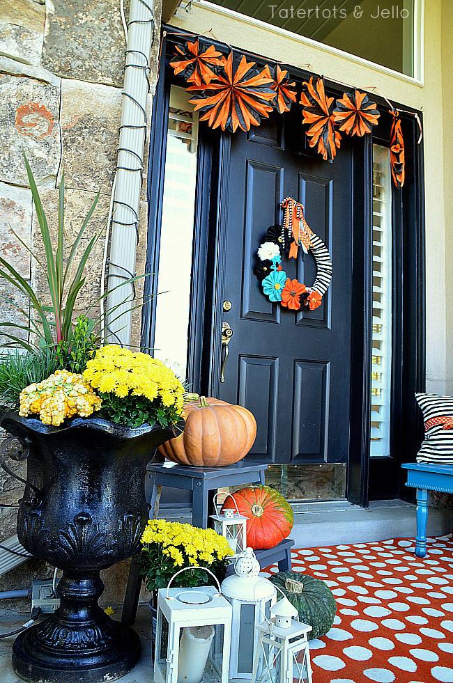 halloween porch 11