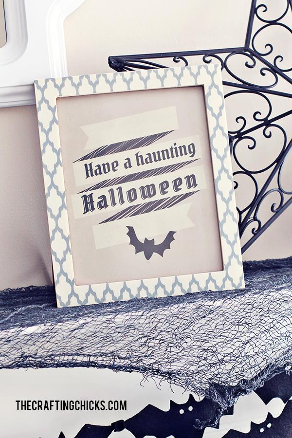 sm halloween mantle 7