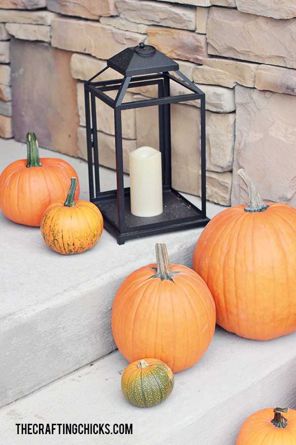 sm halloween porch 10