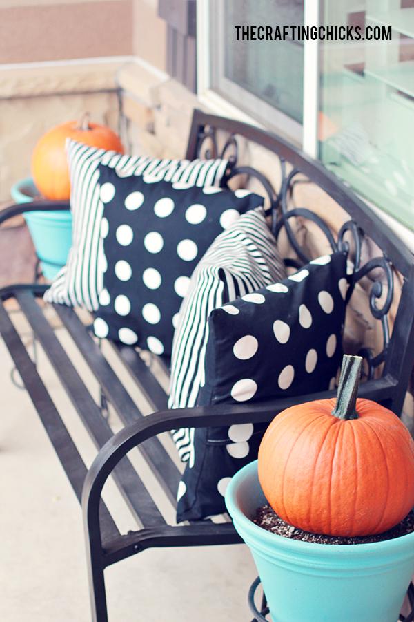 sm halloween porch 2