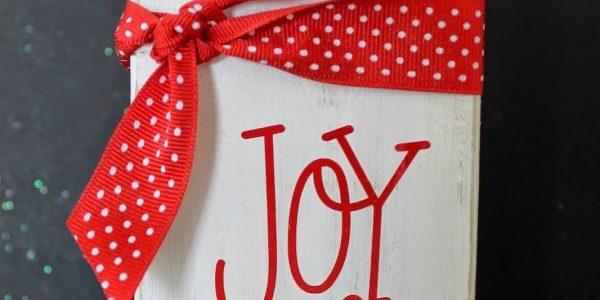 DIY 'Joy to The World' Block::Bloggers Best 12 Days of Christmas
