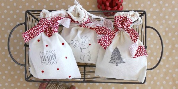 DIY Stamped Christmas Gift Bags::Bloggers Best 12 Days of Christmas
