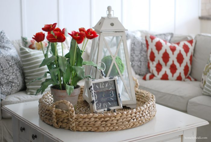 How to add pops of red to a room