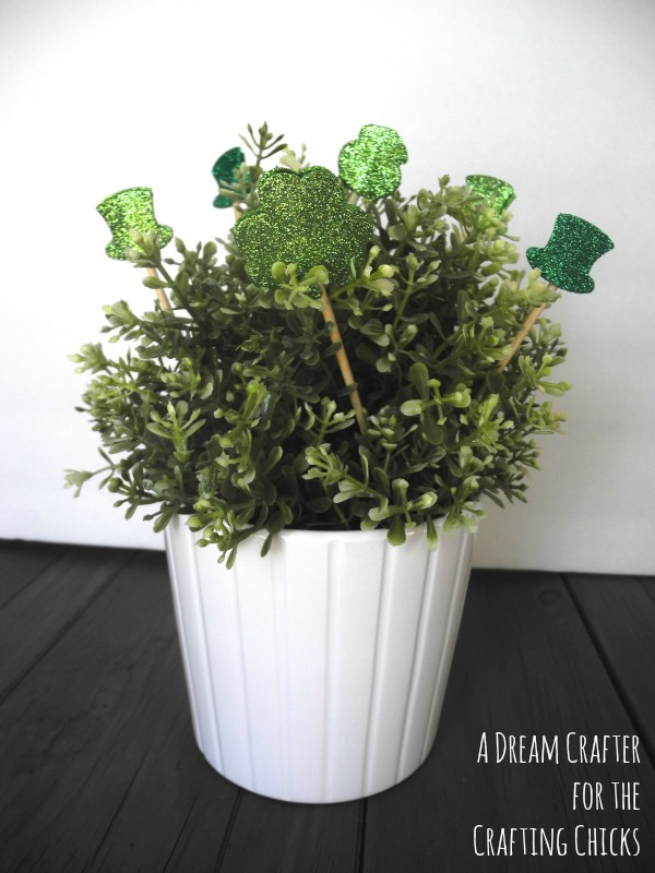 Lucky leaves st patricks day ikea hack
