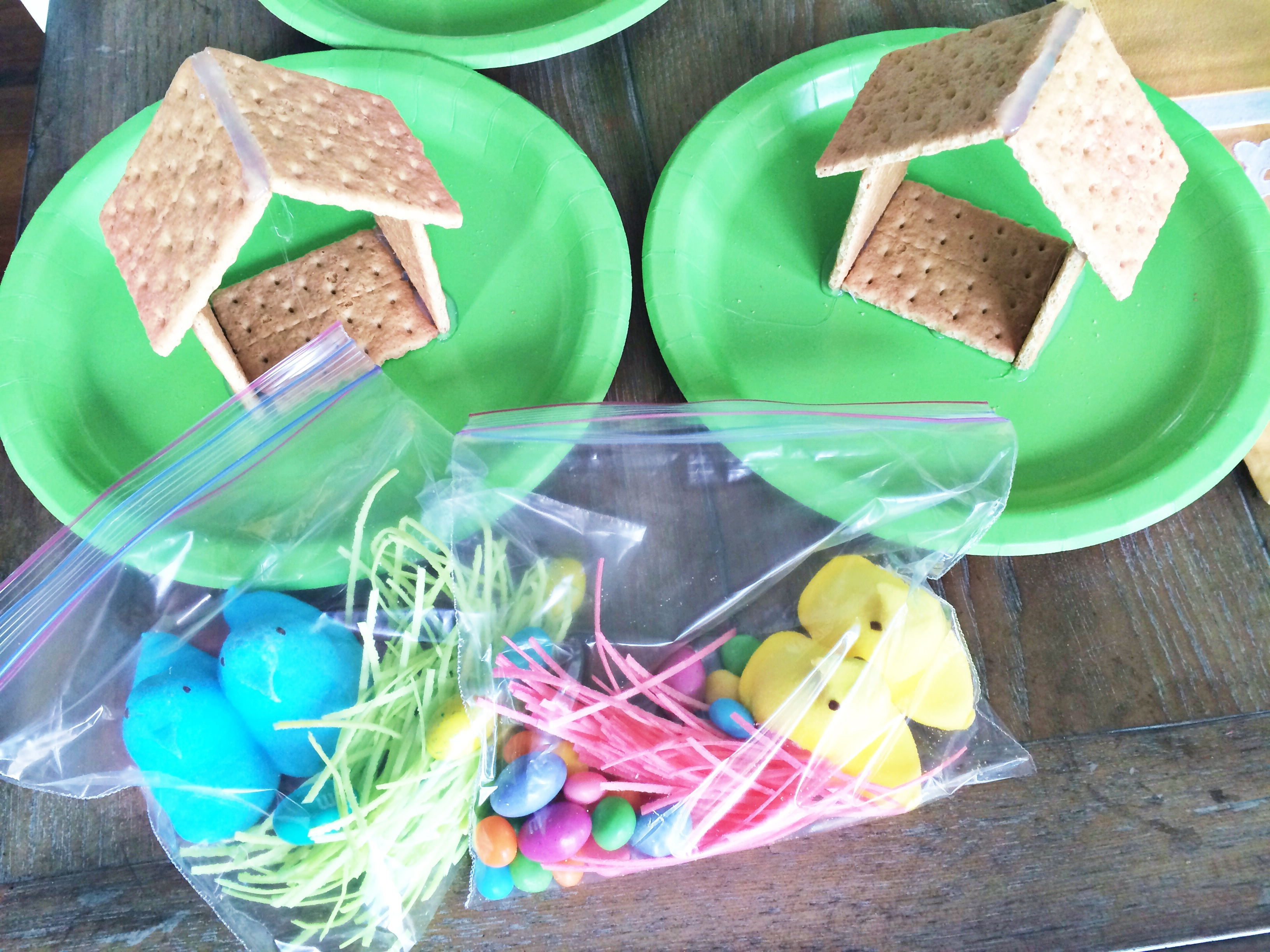 Graham Cracker Peep House