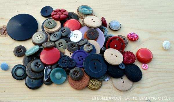 DIY Button Push Pins