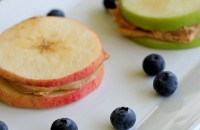 Apple-Sandwich-Snack-idea-PinkWhen-for-The-Crafting-Chicks