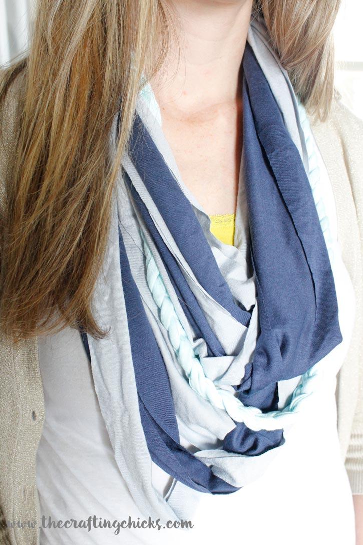 jersey-knit-scarf-model
