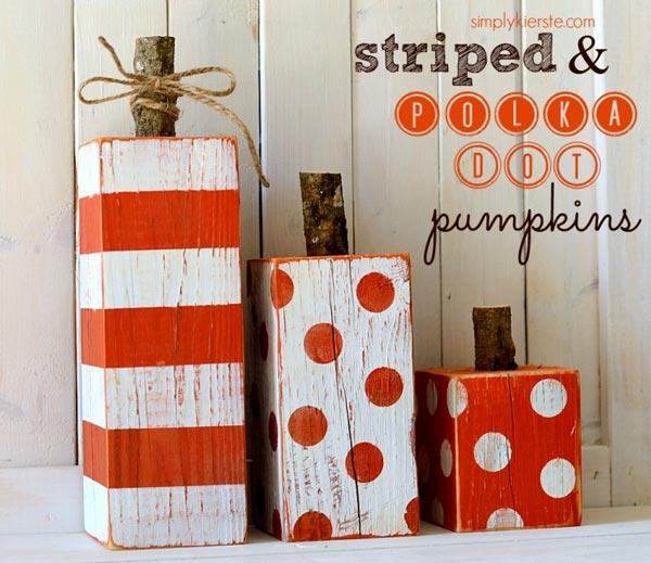 30 Halloween Favorites - printables, games, decor, desserts, pumpkins, treats, and more!