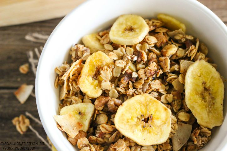 Healthy Banana Bread Granola