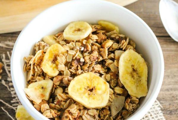 Banana Bread Granola