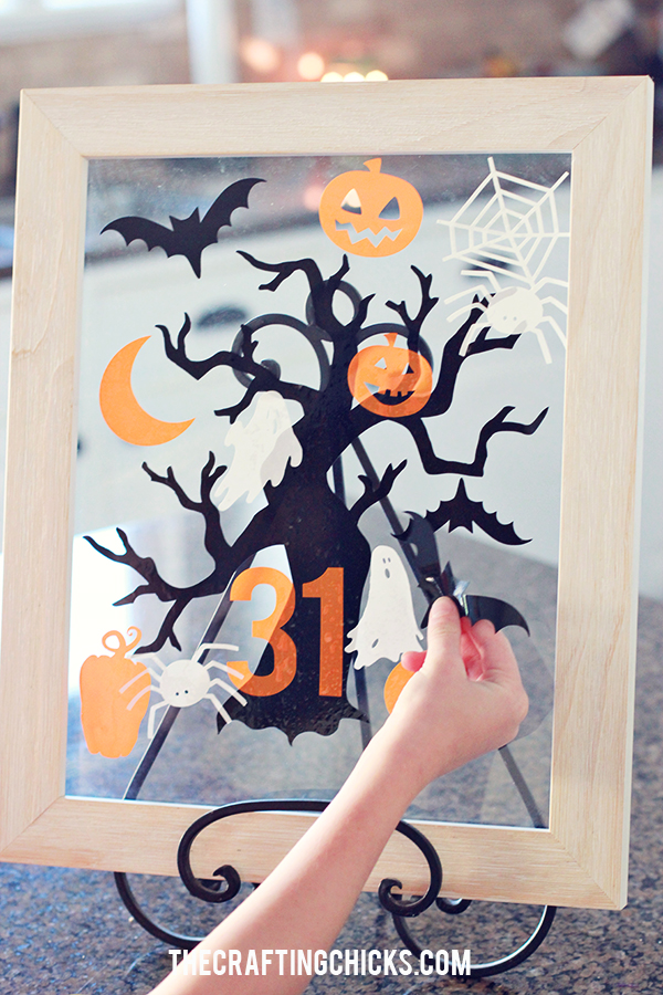 30 Fall Favorites - printables, games, decor, desserts, pumpkins, treats, and more!