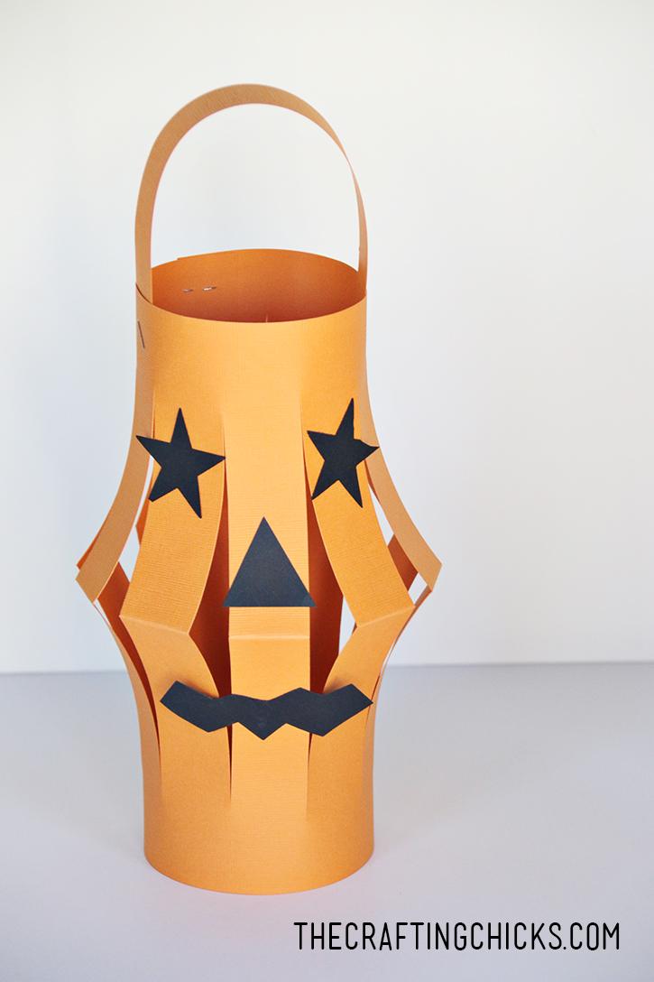 sm halloween lantern 1