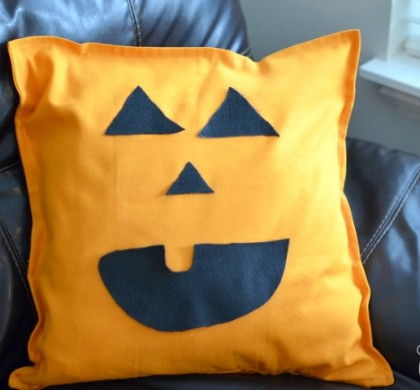 No Sew Jack-O-Lantern Pillow
